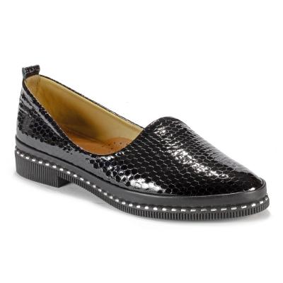 13091 Туфли женские лак